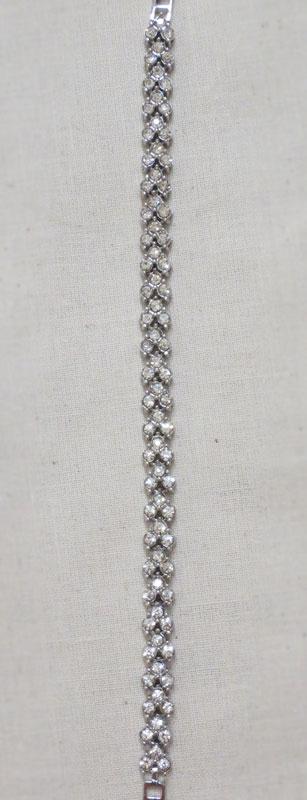 John-Zimmerman-Couture-Bracelets-Model-Arrow-Gallery-Image-2
