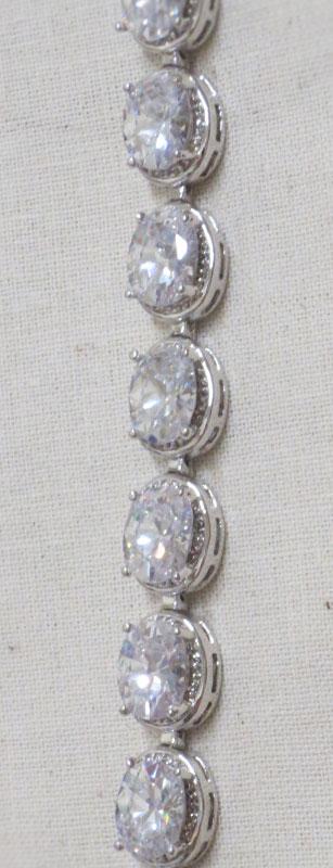 John-Zimmerman-Couture-Bracelets-Model-Heirloom-Gallery-Image-3