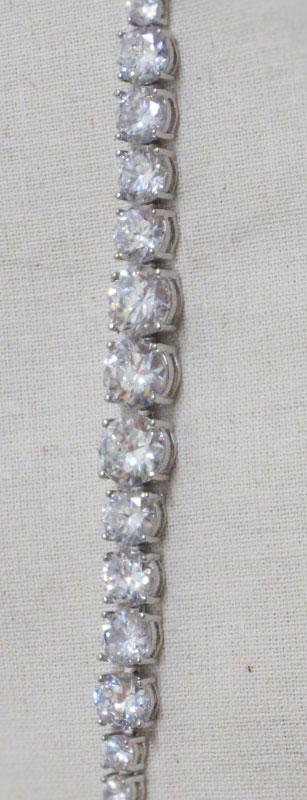 John-Zimmerman-Couture-Bracelets-Model-Luxury-Gallery-Image-3