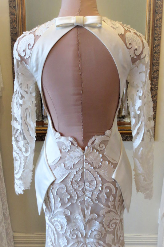 John-Zimmerman-Couture-Collections-Edgy-Modern-Asal-Gallery-12