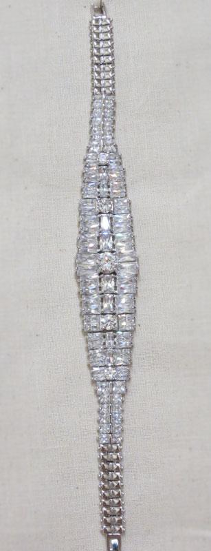 John-Zimmerman-Couture-Bracelets-Model-Decorous-Gallery-Image-1