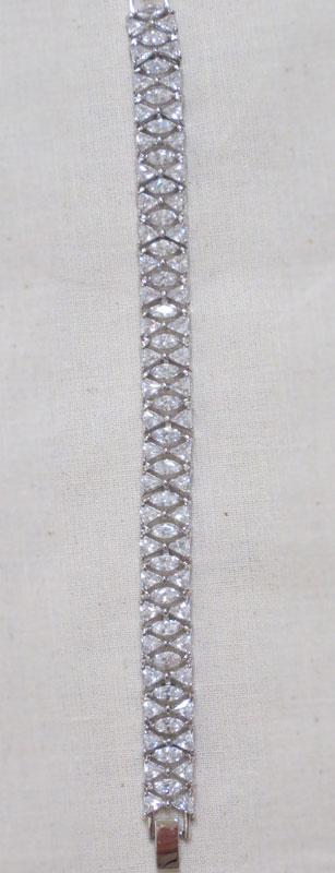 John-Zimmerman-Couture-Bracelets-Model-Magnifique-Gallery-Image-1