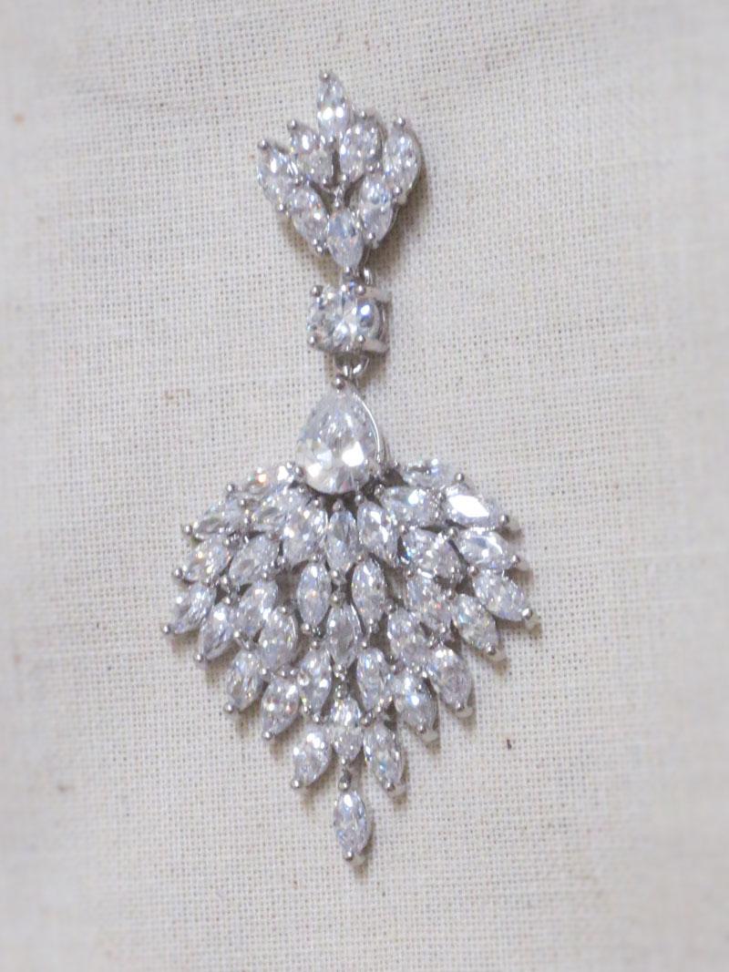 John-Zimmerman-Couture-Earrings-Model-Chandellier-Gallery-Image-2