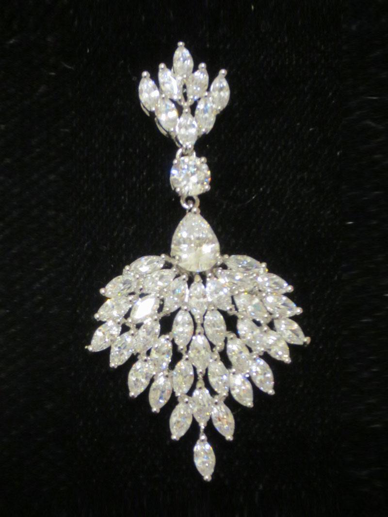 John-Zimmerman-Couture-Earrings-Model-Chandellier-Gallery-Image-3
