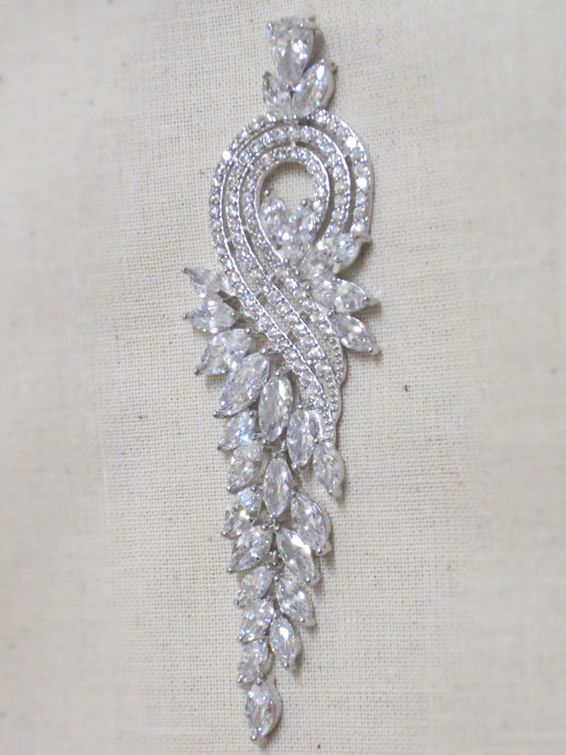 John-Zimmerman-Couture-Earrings-Model-Cornucopea-Gallery-Image-3