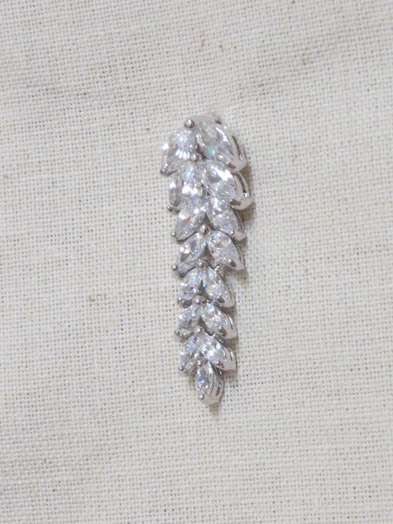 John-Zimmerman-Couture-Earrings-Model-Fearn-Gallery-Image-3