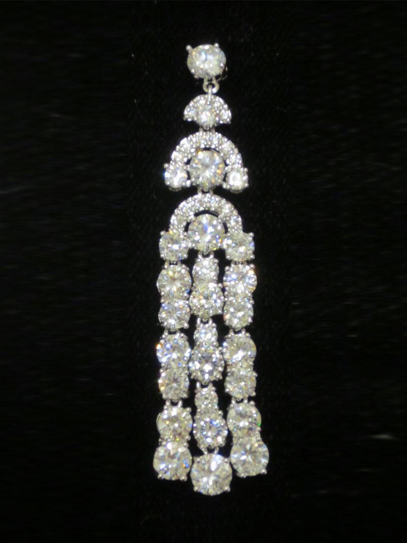 John-Zimmerman-Couture-Earrings-Model-Luxe-Gallery-Image-2