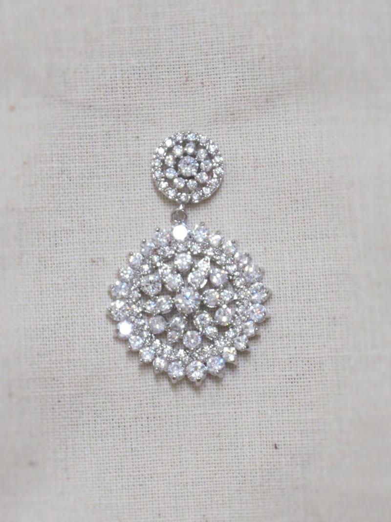 John-Zimmerman-Couture-Earrings-Model-Star-Gallery-Image-1