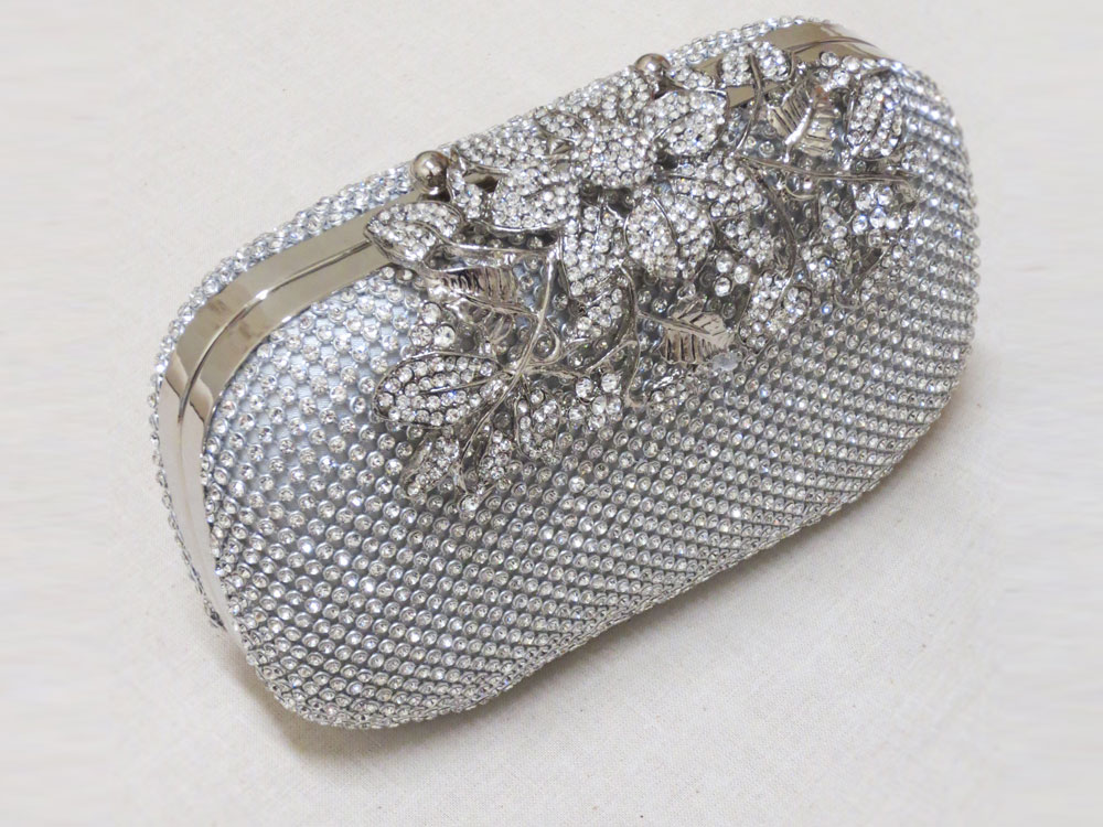 John-Zimmerman-Couture-New-Accessories-Bags-Model-Silver-Delight-Gallery-Image-1